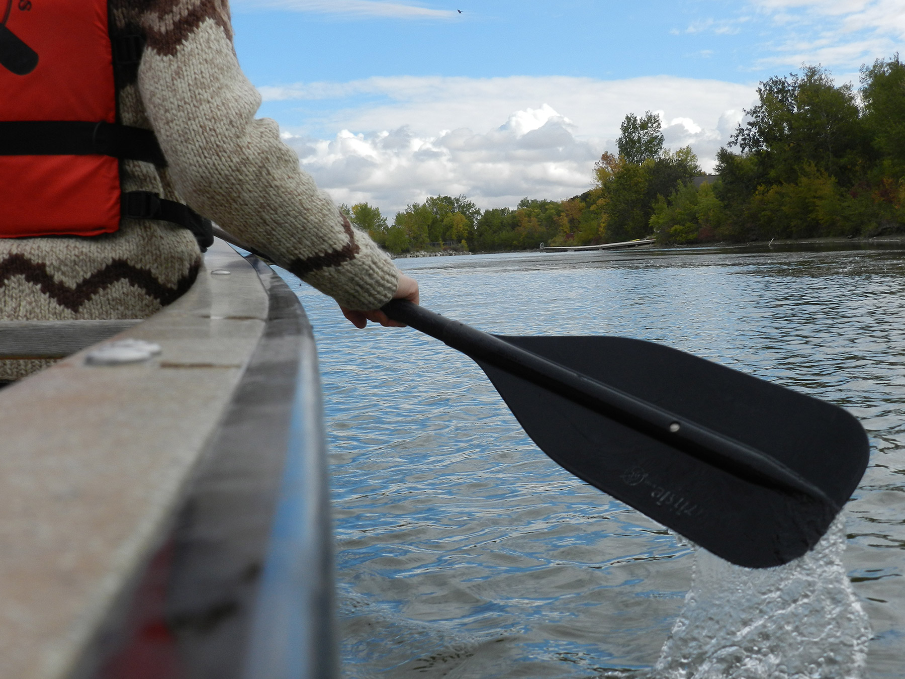 Paddling in MB (Travel Manitoba via Flickr)