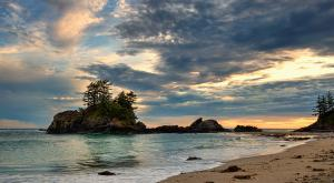 Third Beach, Tofino (Photo: Michael Gabelmann)